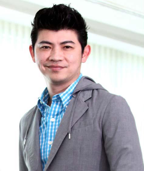 ธีรยุทธ์ สิริกุลวิริยะวาณิช ผู้ช่วยประธานเจ้าหน้าที่บริหารสายงาน Digital Marketing บริษัท บัตรกรุงไทย จำกัด (มหาชน)